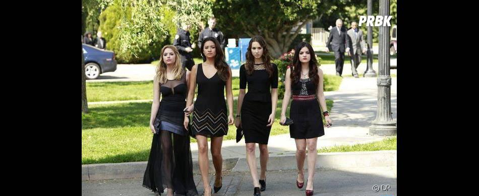 Pretty Little Liars saison 4 : Hannah, Emily, Spencer et Aria en virée à Ravenswood
