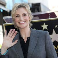 Glee : Jane Lynch a son étoile sur le Walk of Fame