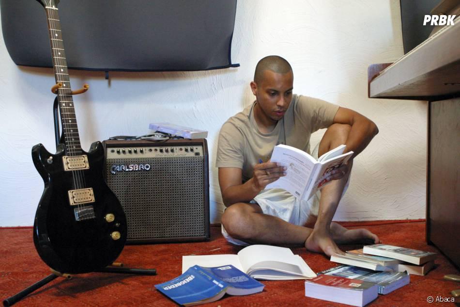 Disiz en studio à Marseille, le 3 août 2006