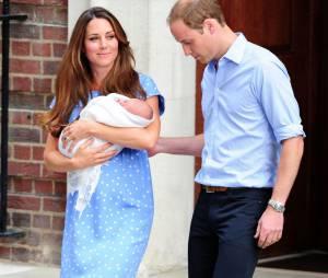 Kate Middleton et le Prince William le 23 juillet 2013 après la naissance du Prince George