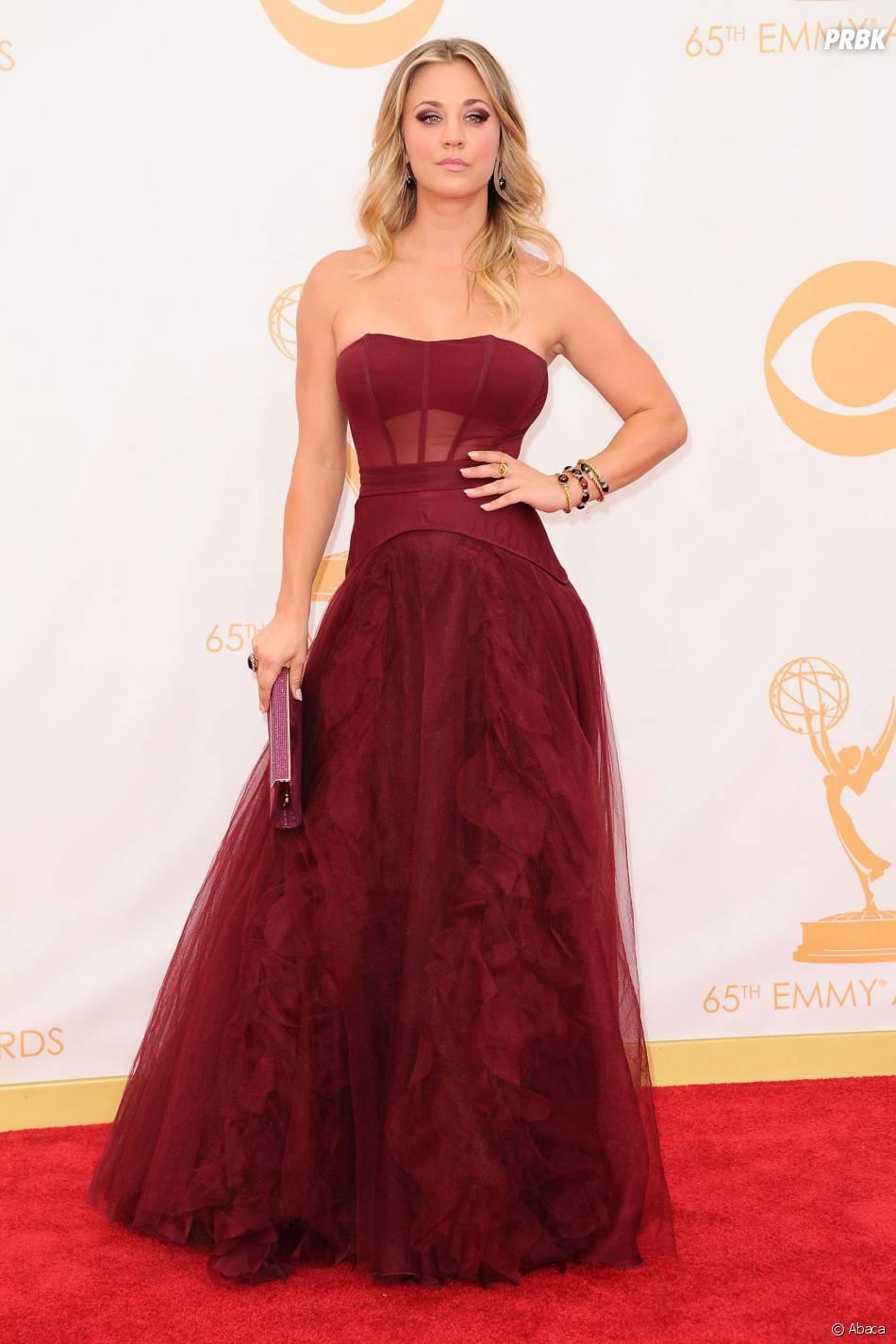 Kaley Cuoco aux Emmy Awards 2013 le 22 septembre 2013 à Los Angeles
