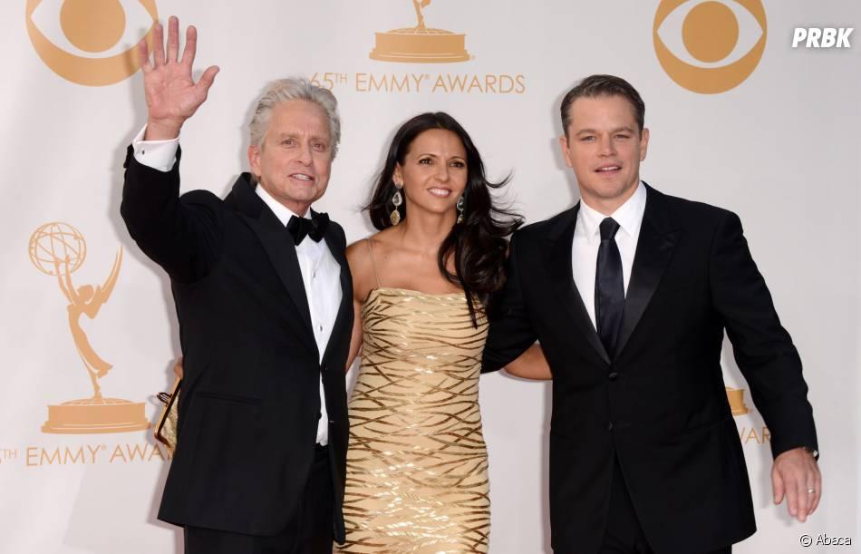 Michael Douglas, Matt Damon et son épouse aux Emmy Awards 2013 le 22 septembre 2013 à Los Angeles
