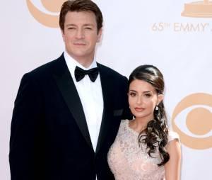 Nathan Fillion et Mikaela Hoover aux Emmy Awards 2013 le 22 septembre 2013 à Los Angeles