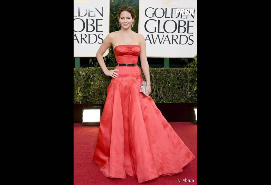 Jennifer Lawrence sur le tapis rouge des Golden Globes 2013