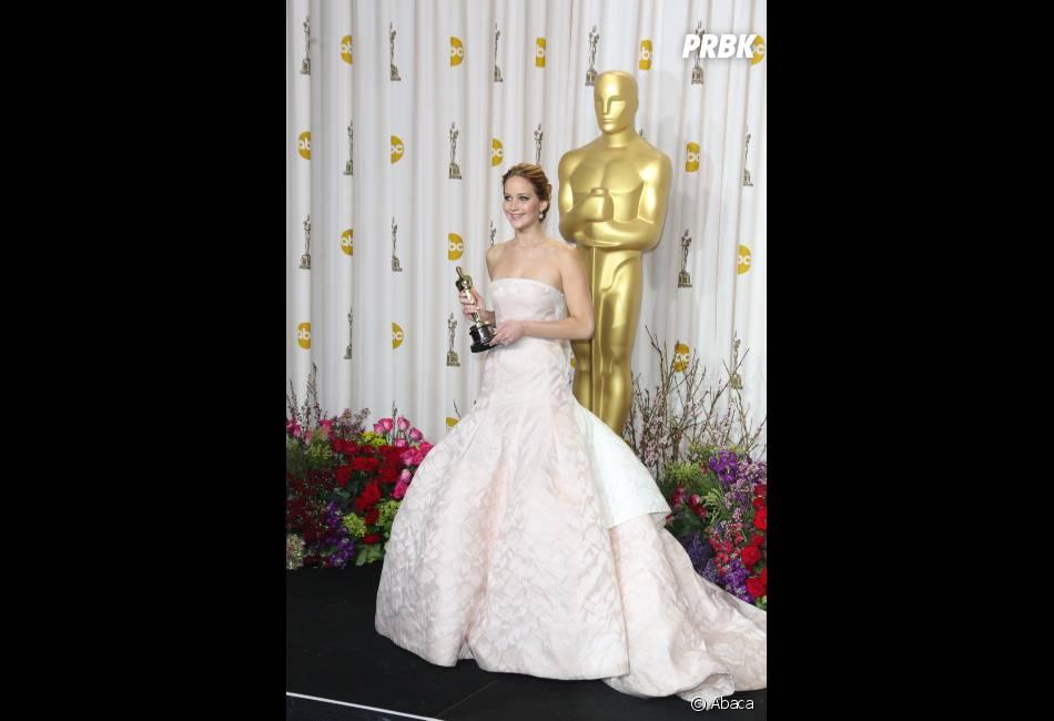 Jennifer Lawrence pendant la cérémonie des Oscars 2013