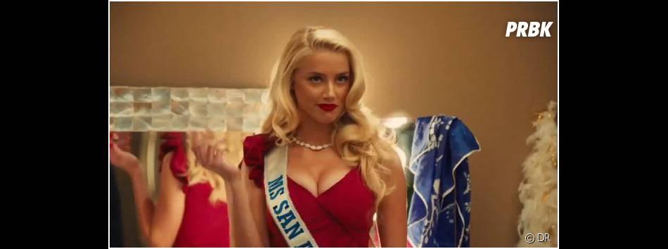 Amber Heard décolletée dans la bande-annonce de Machete Kills
