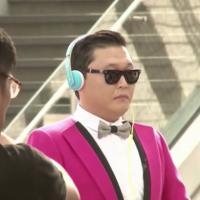 Psy :  accueil de star sur le tournage d'une pub à Hong Kong