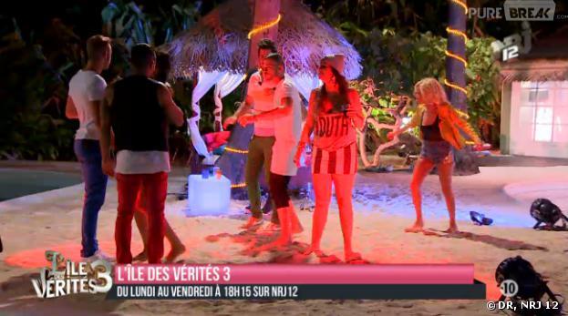 L'île des vérités 3 : Julien et Astrid concrétisent pendant une soirée