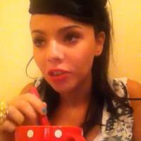 "Niia Hall : sa leçon de séduction en mode ""One again a bistoufly"" !"
