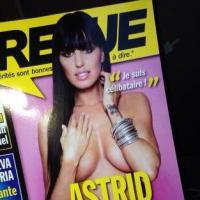 Astrid Poubelle topless pour Entrevue : battle de couv' avec ses rivales