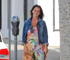 Jennifer Love Hewitt enceinte et au chômage après la fin de The Client List