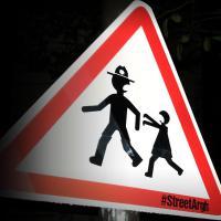 Quand The Walking Dead terrorise... les panneaux de signalisation