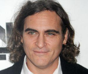 """Joaquin Phoenix en couple : une petite-amie """"mineure"""""""