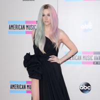 Kesha ft Pitbull : Timber, le clip sexy en mode poom poom short