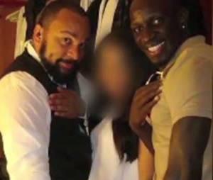 """Mamadou Sakho et Dieudonné miment une """"quenelle"""""""