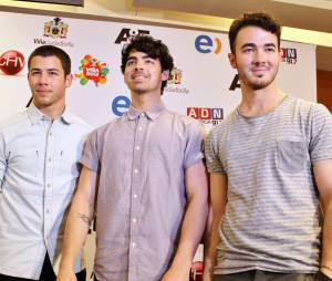 Jonas Brothers : cinq titres inédits pour partir en fanfare