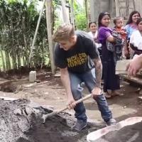 Justin Bieber : construction d'une école pour se racheter une conduite ?