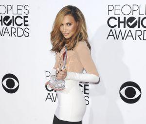 People's Choice Awards 2014 : Naya Rivera gagnante du prix de meilleure amitié entre filles avec Lea Michele pour Glee