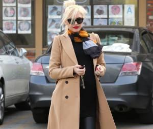 Gwen Stefani enceinte : slim en cuir et talons hauts, le 7 février 2014 à Los Angeles