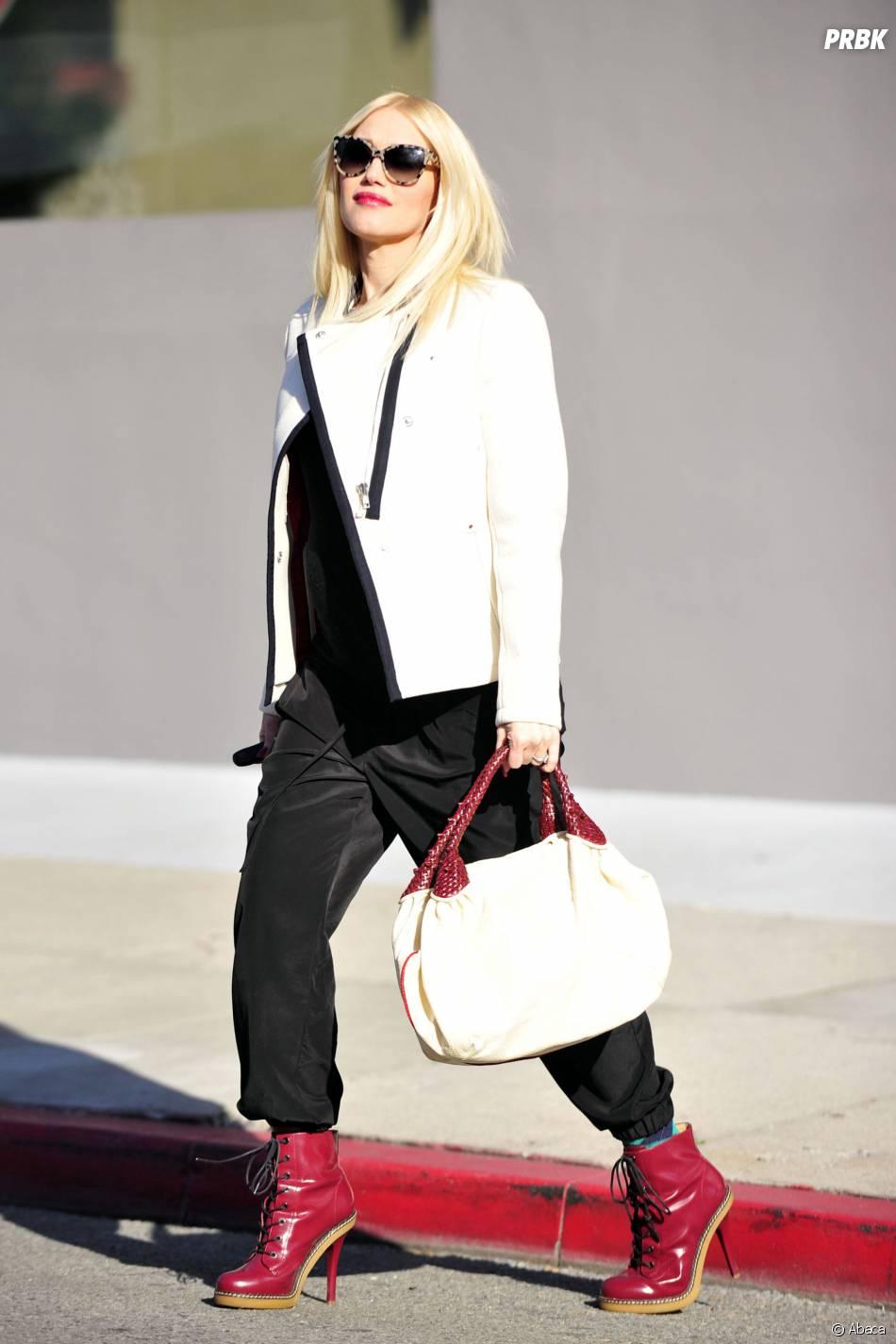 Gwen Stefani enceinte et très lookée, le 5 octobre 2013 à Los Angeles
