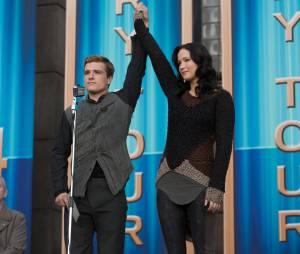 Hunger Games 2 : Jennifer Lawrence et Josh Hutcherson clashés dans un trailer honnête