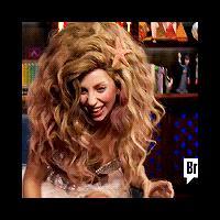 [GIFS] Les 14 looks les plus improbables de Lady Gaga en gifs animés