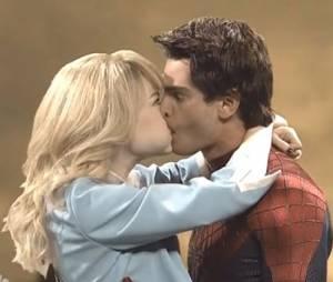 Emma Stone et Andrew Garfield : utilisent des doublures pour s'embrasser