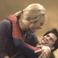 Andrew Garfield : Chris Martin emballe Spider-Man devant Emma Stone