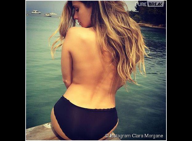 Clara Morgane topless sur Instagram, le 10 mai 2014