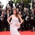 Laetita Casta sur le tapis rouge de l'ouverture du Festival de Cannes 2014, le 14 mai