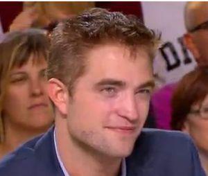 Robert Pattinson confie être célibataire, le 20 mai 2014 dans Le Grand Journal