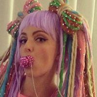 Lady Gaga : une fan imite magnifiquement ses meilleurs costumes sur Instagram