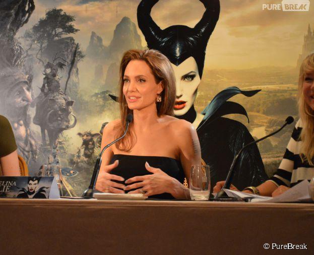 Angelina Jolie à la conférence de presse de Maléfique le 6 mai 2014 à Paris