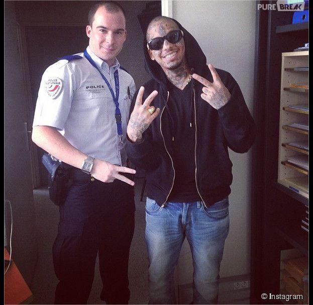 Swagg Man et un fan policier, le 29 mai 2014