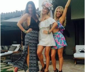 Candice Accola fête la fin de son célibat à Cabo