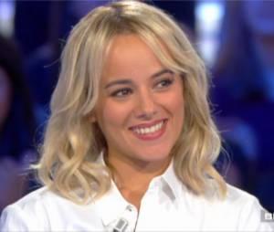 Alizée se confie sur sa relation avec Grégoire Lyonnet dans l'émission Salut les terriens, le 21 juin 2014