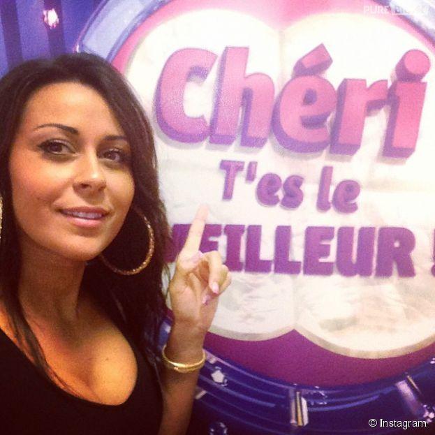 """Shanna (Les Anges 6) durant l'enregistrement de l'émission """"Chéri t'es le meilleur"""" de Cauet"""