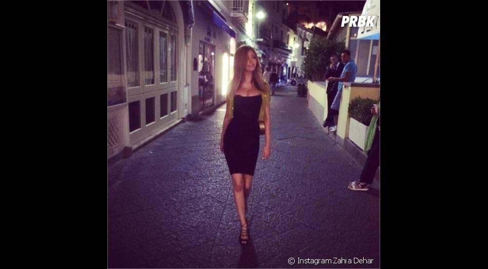 Zahia Dehar so sexy en Italie en juillet 2014