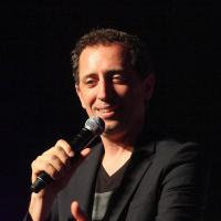 Gad Elmaleh : le Frenchie star d'un sketch... en anglais
