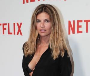 Isabelle Funaro en décolleté sexy à la soirée de lancement Netlfix, le 15 septembre 2014 à Paris