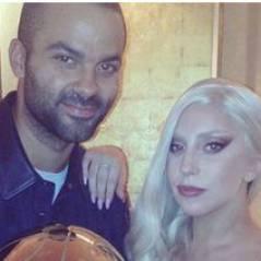 Tony Parker a la cote auprès de... Lady Gaga