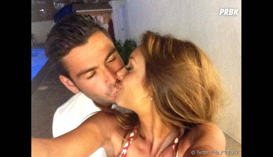 Fidji et Ricardo (Friends Trip) amoureux sur Twitter, le 10 octobre 2014