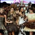 Ludivine Sagna, Valérie Bègue, Rachel Legrain-Trapani et Clara Morgane sexy lors du défilé du 20e Salon du Chocolat, le 28 octobre 2014 à Paris