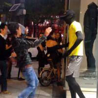 La blague du mannequin vivant qui terrifie les passants au Japon