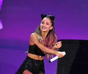 Ariana Grande, en live aux MTV EMA 2014 à Glasgow, le 9 novembre 2014