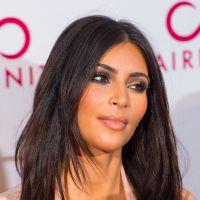 Kim Kardashian sexy et décolletée : vraie bombe sur le tapis rouge à Londres