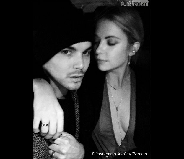 Ashley Benson et Tyler Blackburn en couple ? Les acteurs de Pretty Little Liars proches sur Instagram