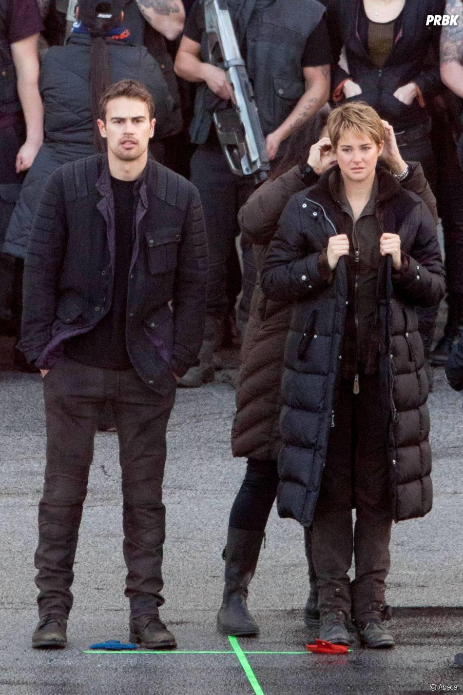 Divergente 2 : Theo James et Shailene Woodley se réchauffent pendant le tournage le 19 décembre 2014