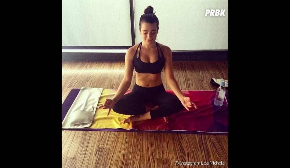 Lea Michele : séance de yoga avant les Fêtes