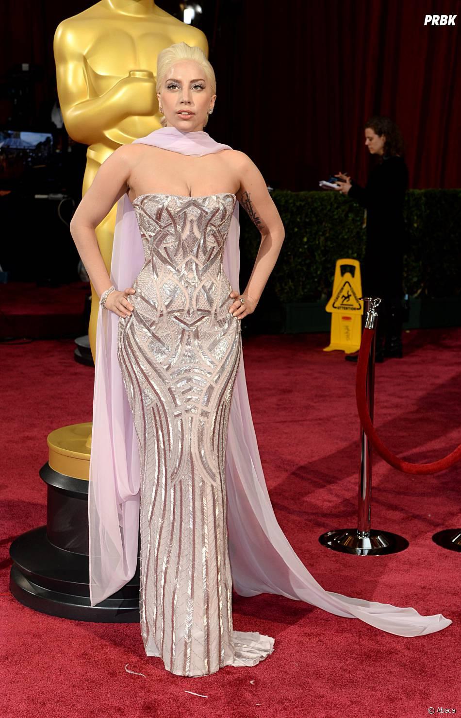 Les personnalités les moins bien habillées de 2014 : Lady Gaga aux Oscars